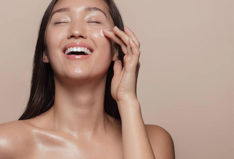 5 tendencias de belleza coreanas que te darán una piel radiante - tendencias-rutina-belleza-coreana-1