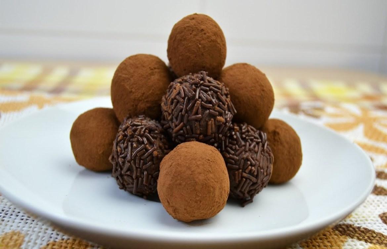 ¿Antojo de trufas dulces? Te damos 3 recetas fáciles y healthy - trufas-de-chocolate