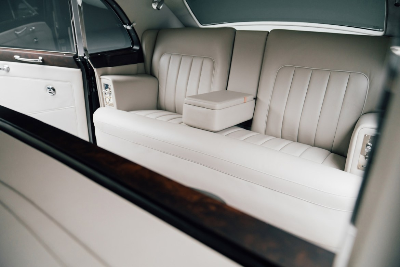 Así luce el primer Rolls-Royce eléctrico - rolls-royce-phantom-v-electrico-interior
