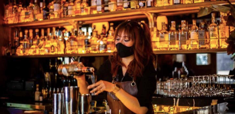 Bar Las Brujas es el hot spot en la CDMX con cocteles de ¿herbolaría?