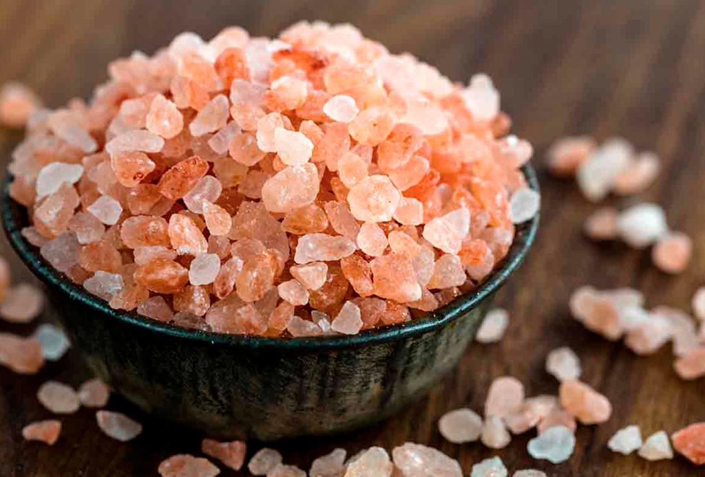 ¿Qué tipos de sal debes usar para cada ocasión? - tipos-de-sal-rosa
