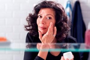 Qué debes cuidar en la piel en cada edad (20s, 30s, 40s, 50s)
