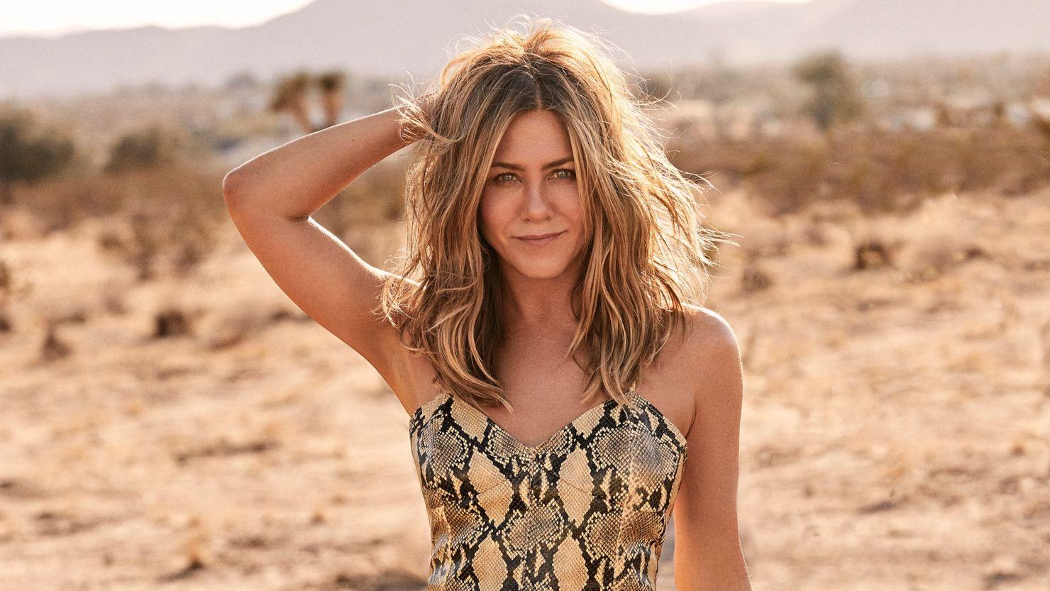 Jennifer Aniston te dice cómo hace su rutina de skincare