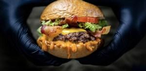 Platillo de la semana: Burger Doble de Eat Waldo's