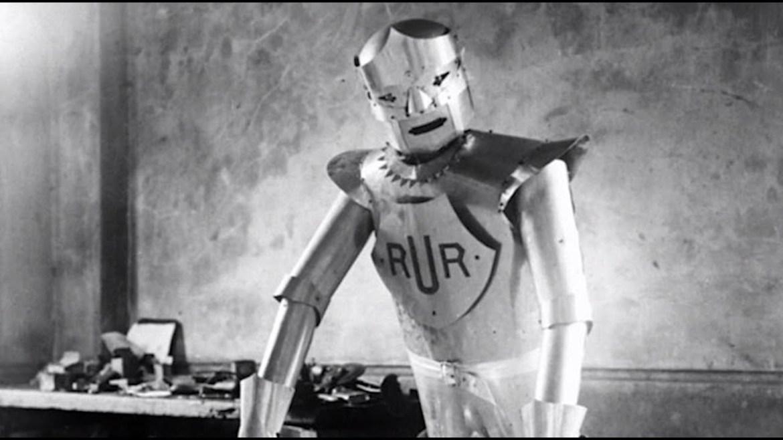 5 cosas que cumplen 100 años en 2021 - rur-robot