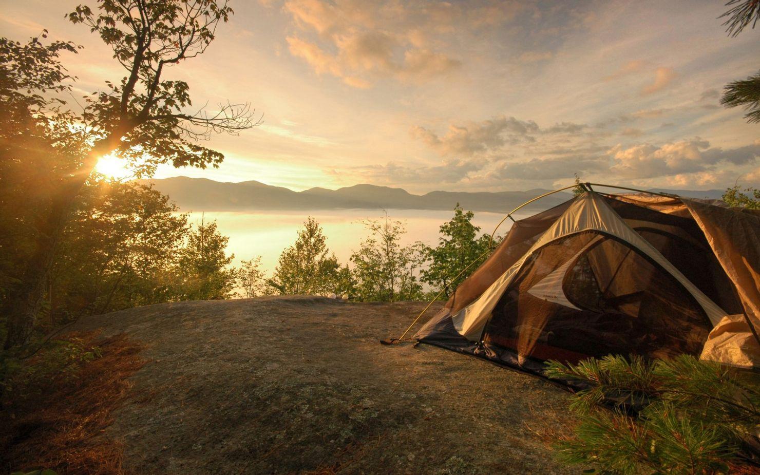 Básicos para acampar, esta guía es lo que necesitas para esta experiencia