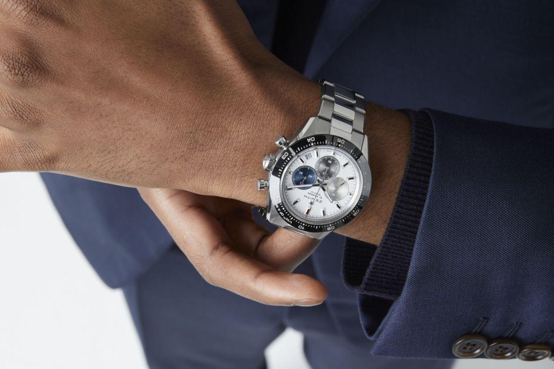 4 relojes que AMAMOS del LVMH Watch Week 2021 - zenith-chronomaster-sport-lifestyle-6