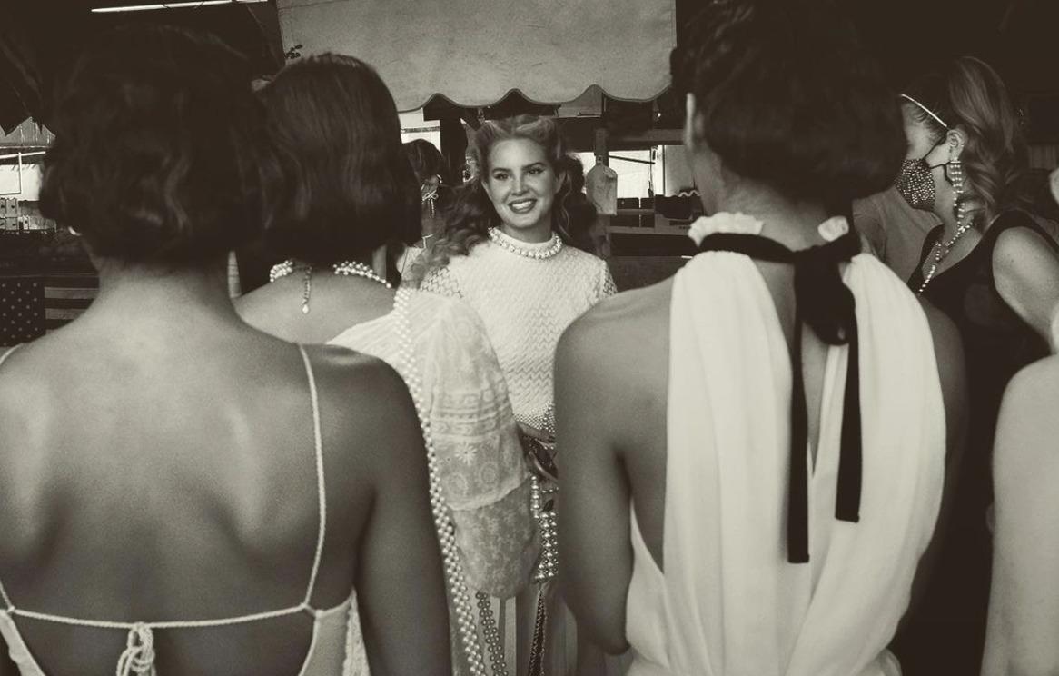 Disco de la semana: «Chemtrails Over The Country Club» de Lana Del Rey