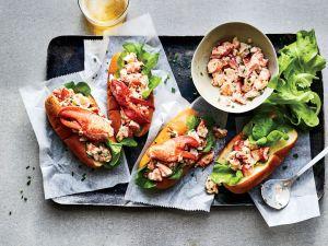 Tenemos la receta para unos deliciosos lobster rolls ¡Hazlos en casa!