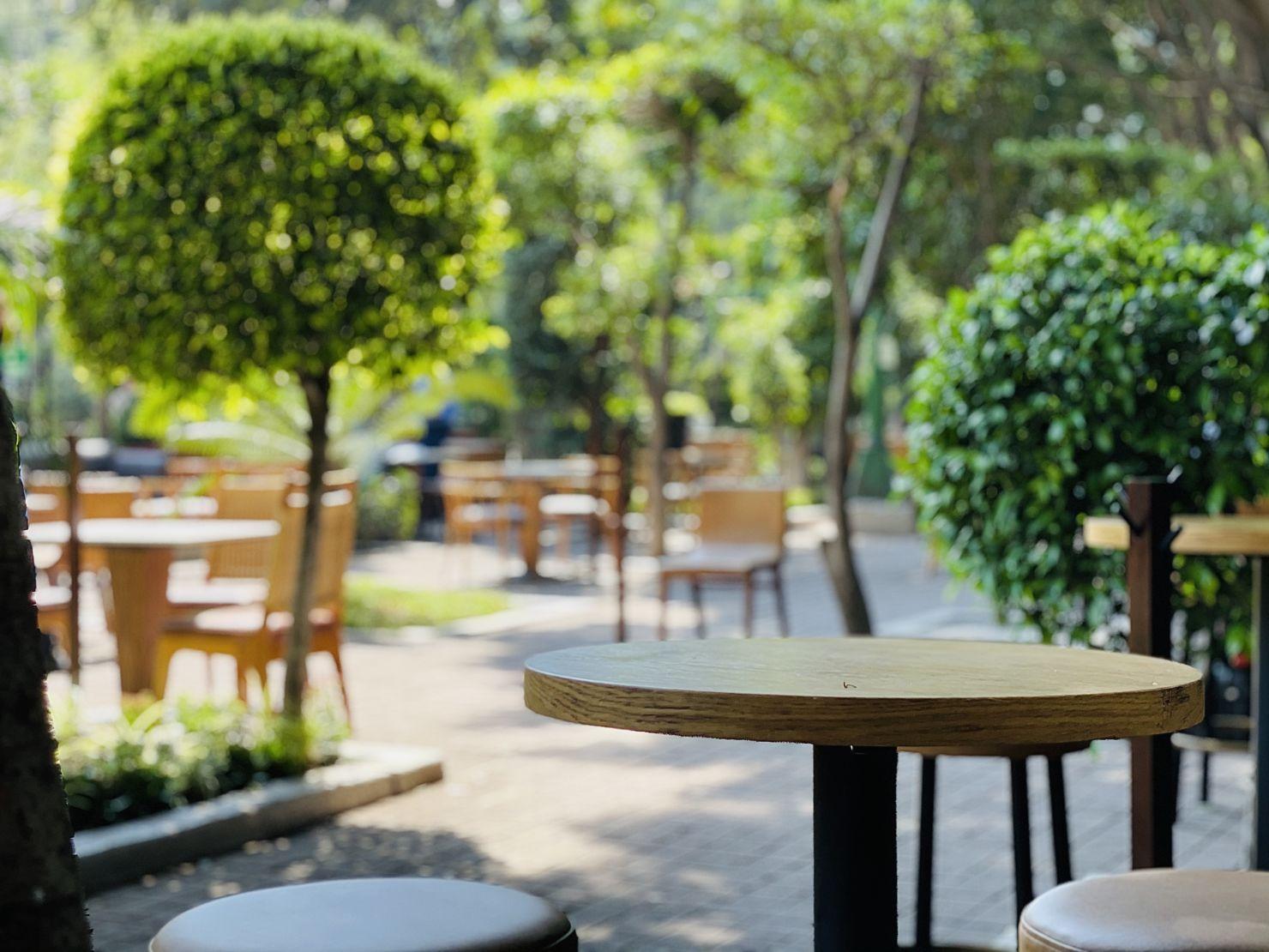 Come al aire libre en Bosque Gourmet, el nuevo hot spot de Presidente InterContinental
