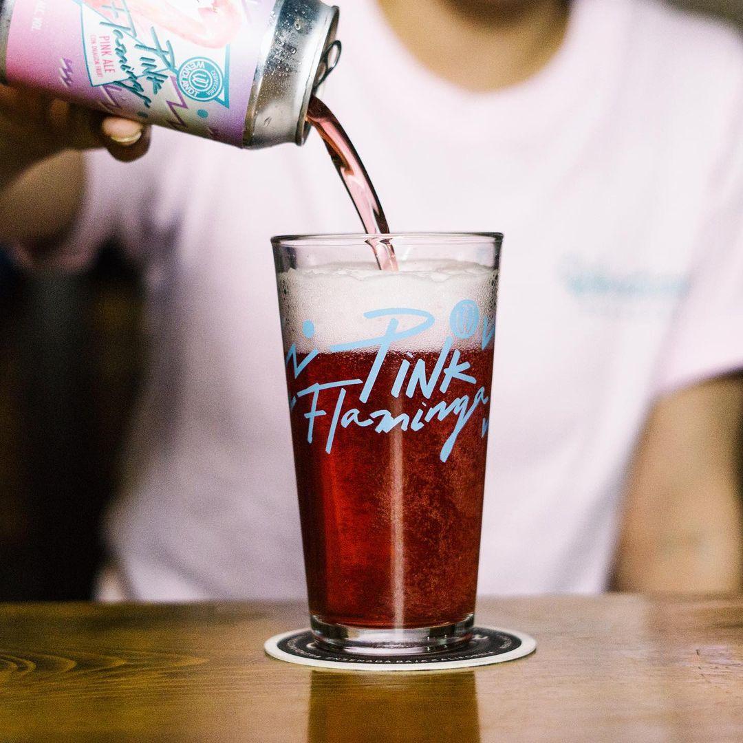 La cerveza Pink Flaminga es un estandarte de las mujeres cerveceras en México