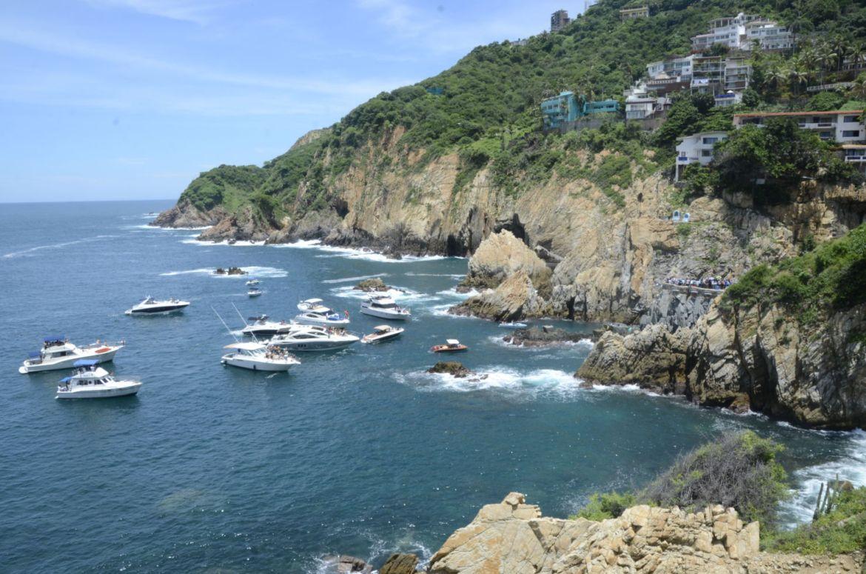 Descubre Acapulco al estilo Luis Miguel, te decimos cómo debes hacerlo - yates-1