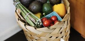 ¿Buscas comer de manera más sustentable? Estos son los alimentos clave