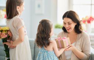 6 regalos perfectos para mamás amantes de la tecnología