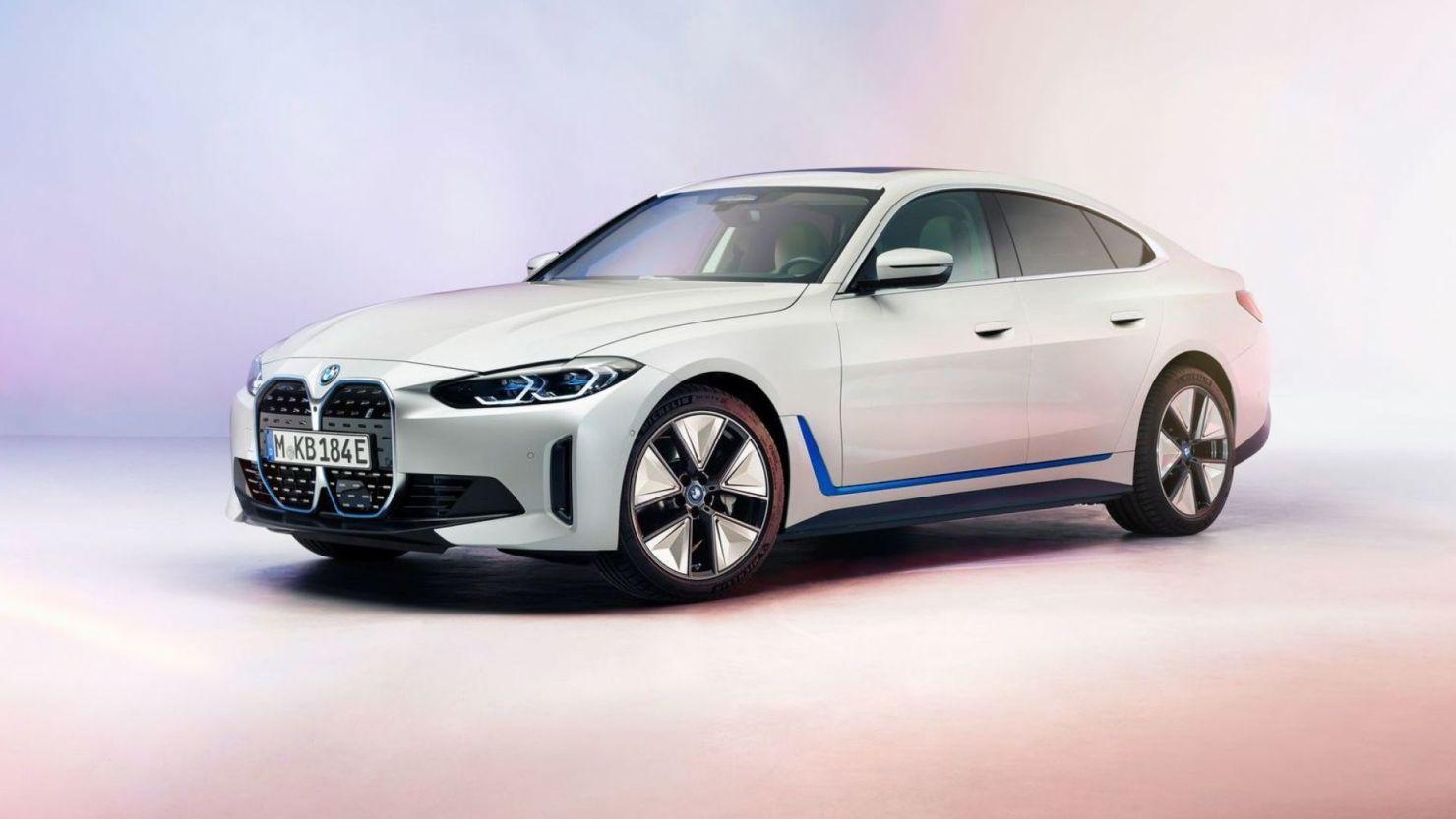 BMW presenta los nuevos modelos eléctricos i4 e iX, los más avanzados de la marca
