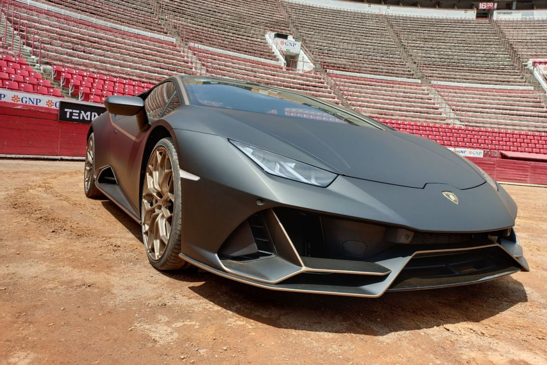 Lamborghini celebra 10 años en México con una muestra de su esencia - lamborghini-tempo