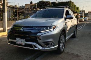 Mitsubishi Outlander PHEV: la razón por la que necesitas un híbrido en la ciudad