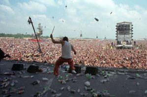 El documental de Woodstock 99 nos dice todo lo que está mal en los festivales actuales