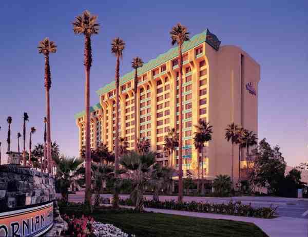 Disneys Paradise Pier Hotel