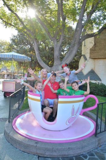 Best Disneyland PhotoPass Spot tea cups