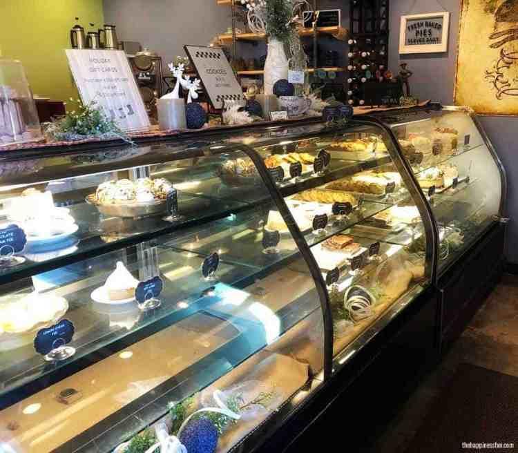 coffee-house-on-cherry-street-tulsa-bakery-display