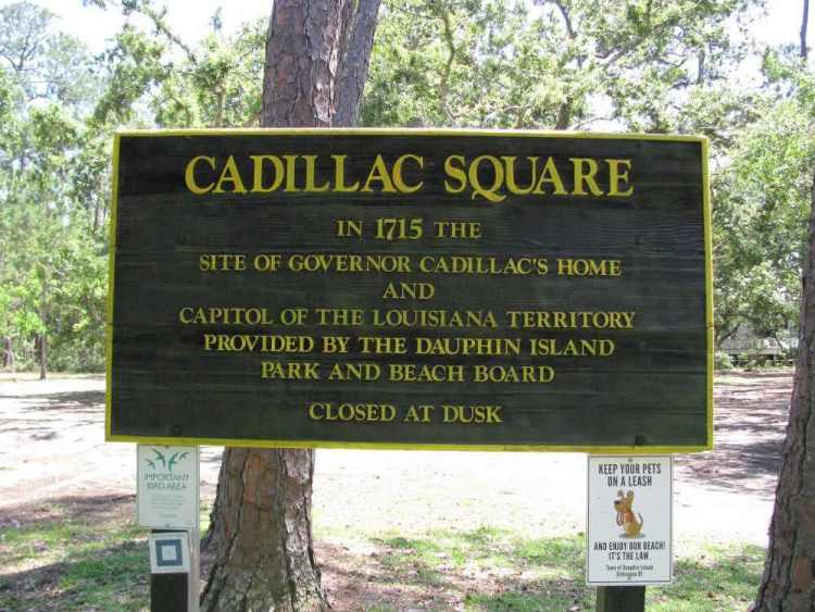 dauphin-island-things-to-see-cadillac-square