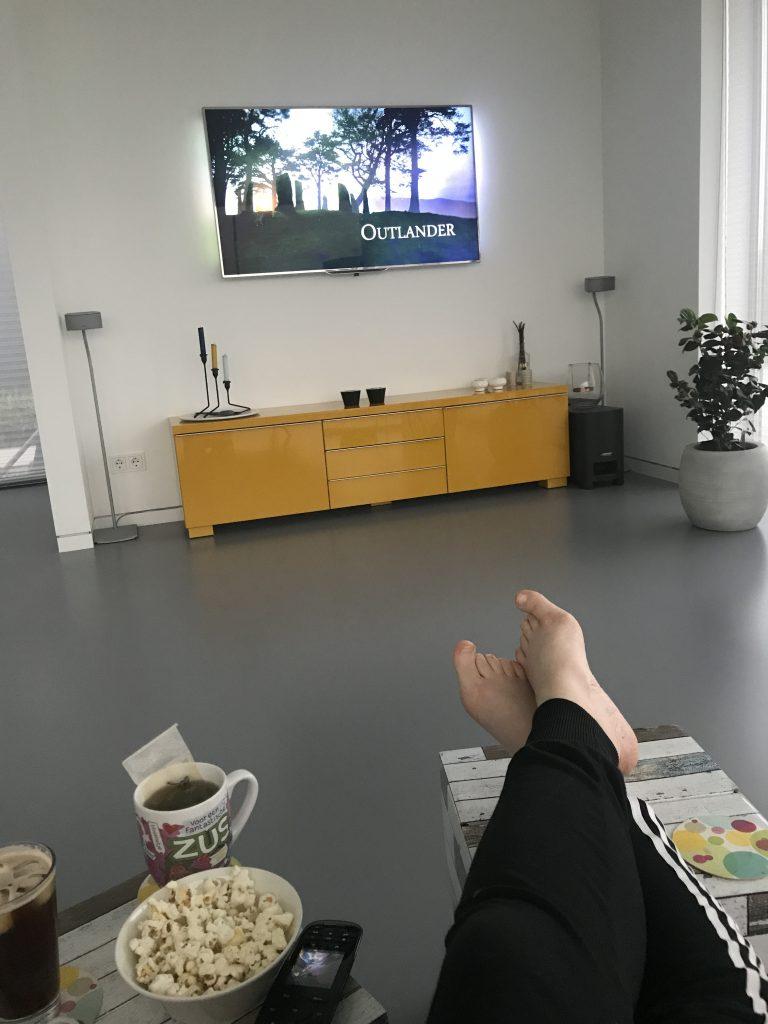 Bank + Netflix + Popcorn = Relax avond