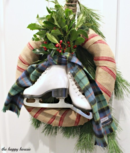Burlap, Boughs & Blades Winter Wreath {The Happy Housie}