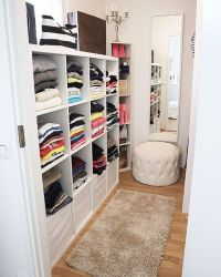 20 Incredible Small Walk-in Closet Ideas & Makeovers | The ...