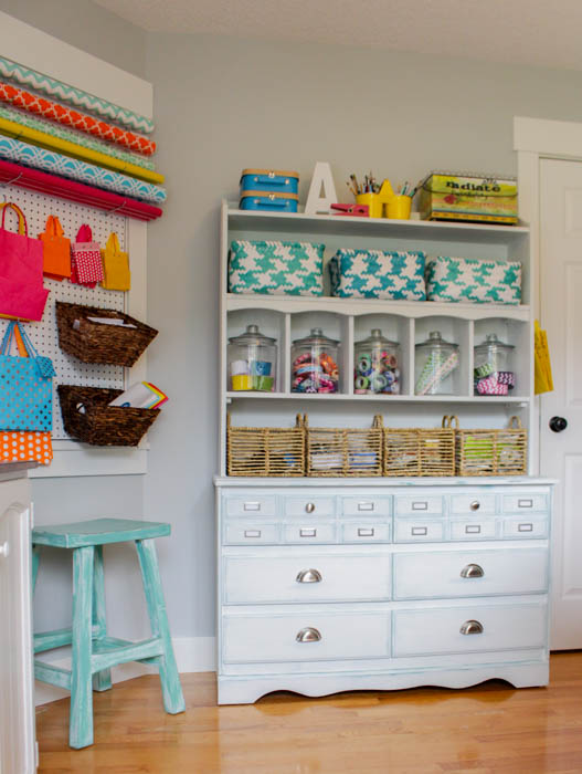 Creative Thrifty Small Space Craft Room Organization Ideas The Happy Housie