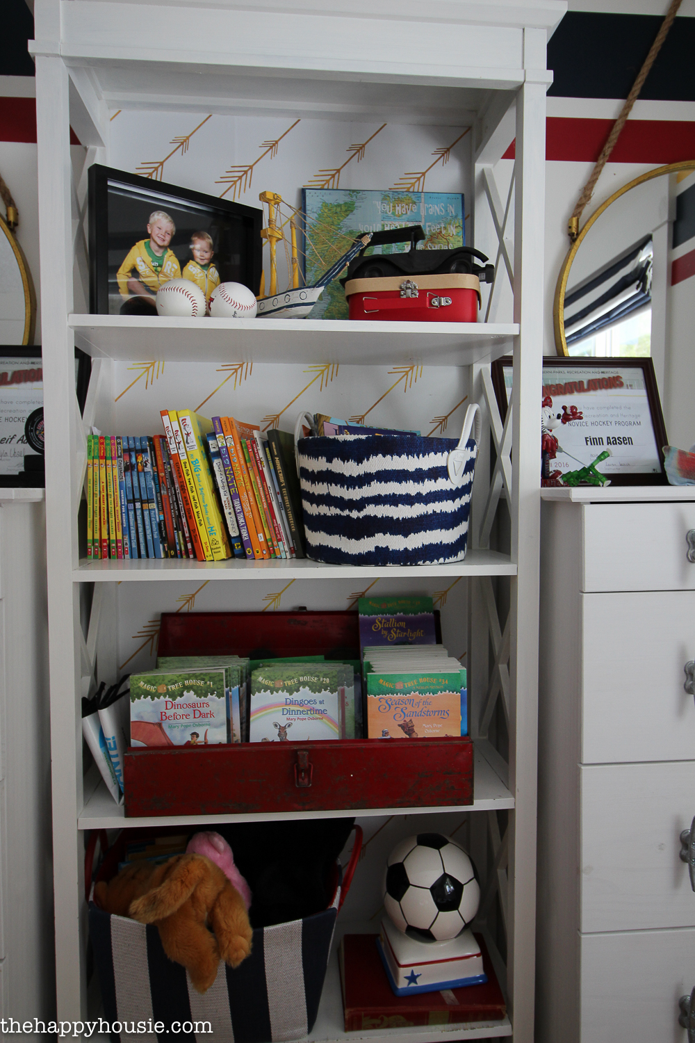 How To Completely Organize Kid S Bedrooms The Happy Housie