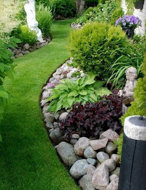 Landscaping With River Rock & Dry River Rock Garden Ideas The