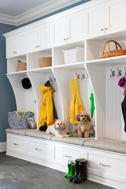 20 Gorgeous Functional Amp Organized Mudrooms The Happy