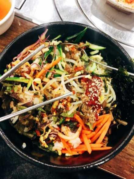 Seoul Sehenswürdigkeiten typisches Essen bibimbap korean food