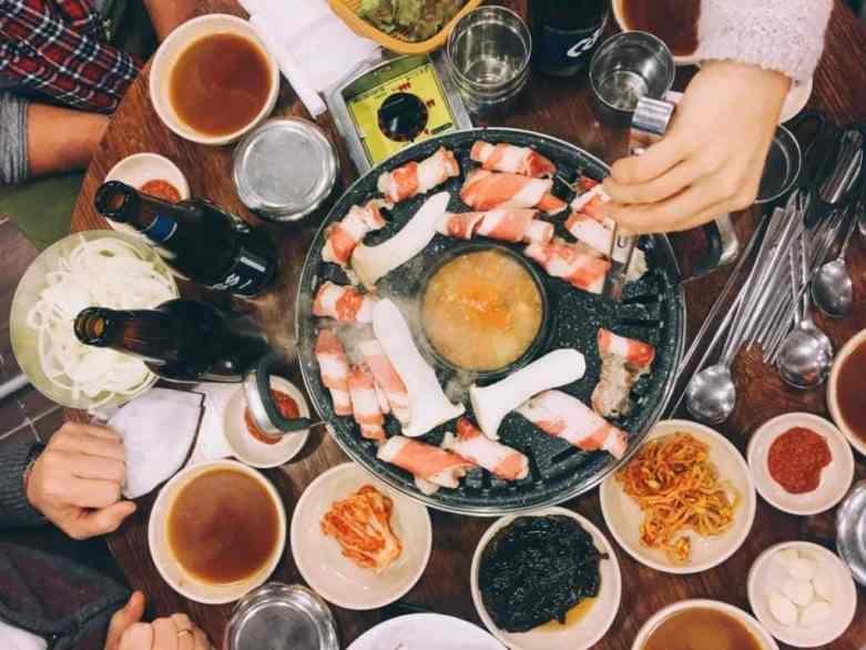 korean barbecue Seoul Sehenswürdigkeiten typisches Essen