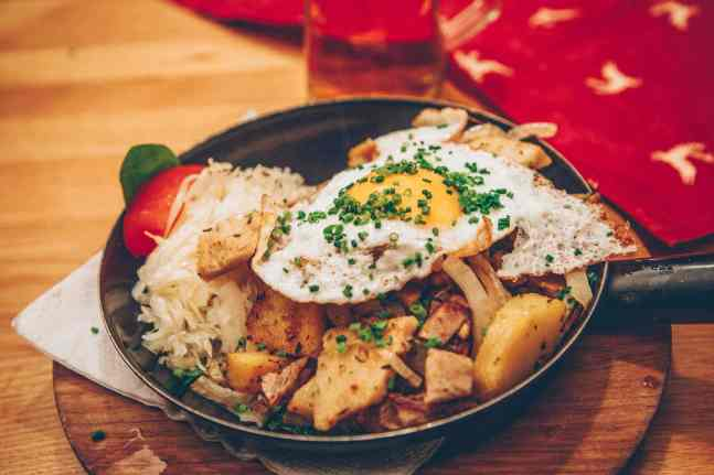 Gröstl with roasted potatoes and eggs