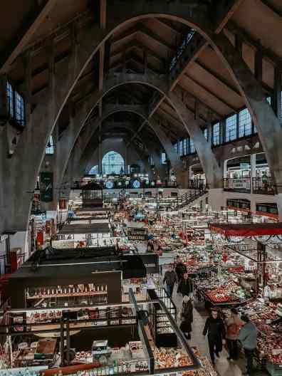 Breslau Sehenswürdigkeiten Markt in Breslau von innen