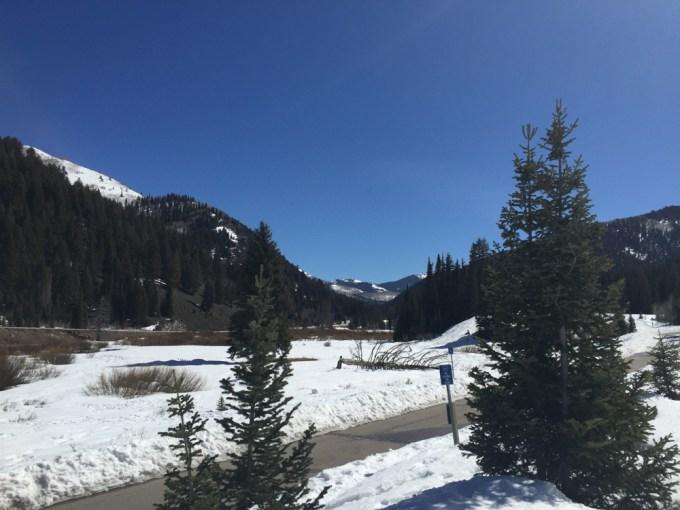 SnowshoeingAdventure-4web
