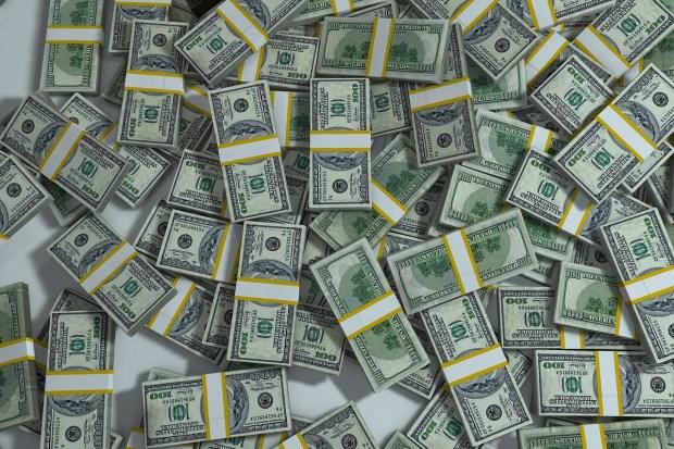 Yay, money! Photo: Pixabay
