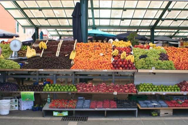 Rovinj fruit market