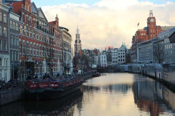 Amsterdam: Canal Cruise, Van Gogh Museum and Vondel Park