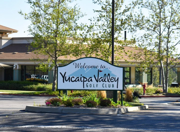 Yucaipa-Valley-Golf-Club-Sign