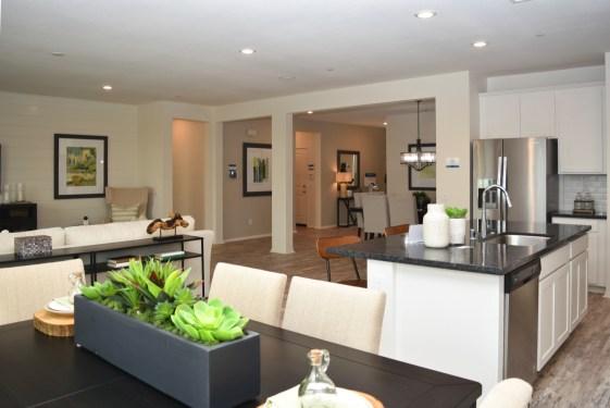 Great Room Meritage Homes_Summerwind Trails Calimesa California