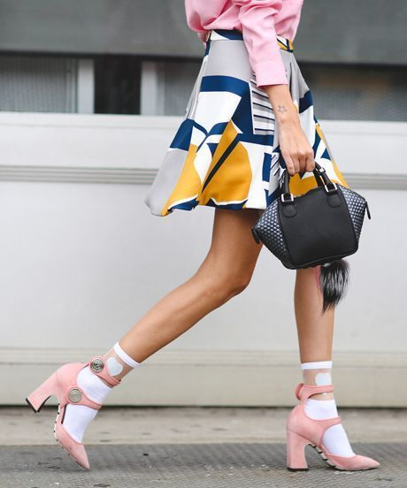 STREET-STYLE-PINTEREST-SOCKS-WITH-HEELS