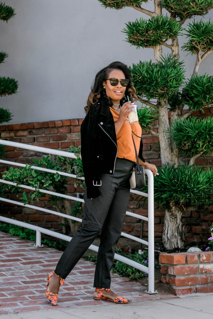 Hautemommie shares her simple ways of bringing Fall into her wardrobe.