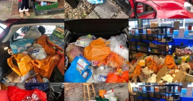 Harold Wood mums donate food to charity.