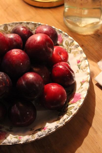 seasonal fruit: plums