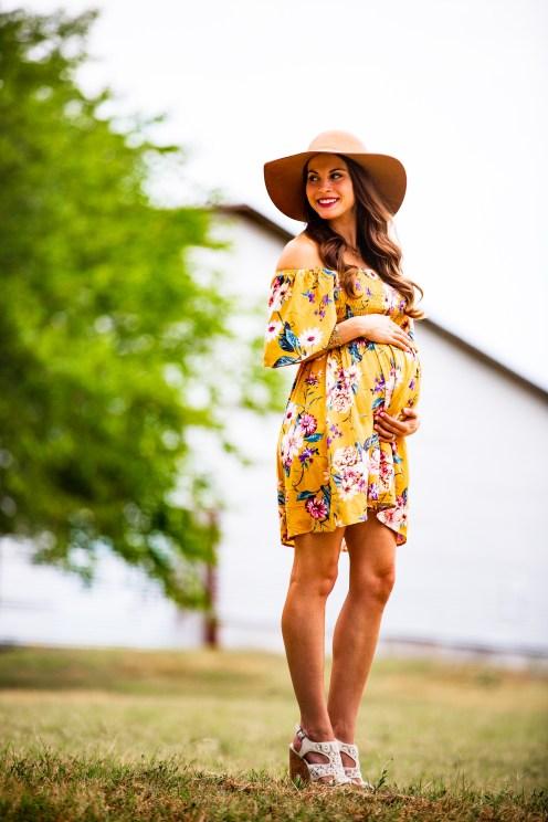 @PhotographerAmy Elizabeth Birdsong Photography Downtown McKinney Maternity Photo session-17