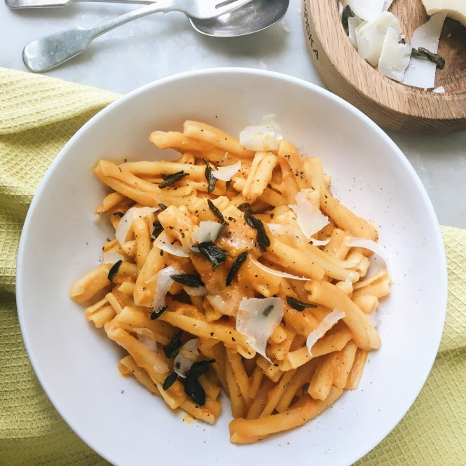 creamy pumpkin and parmesan and crispy sage pasta 5