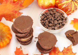 Healthy & Vegan Chocolate Pumpkin Butter Cups